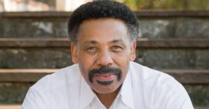 Tony Evans - 104.1 Redentor